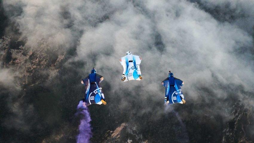 BMW Elektrikli Wingsuit